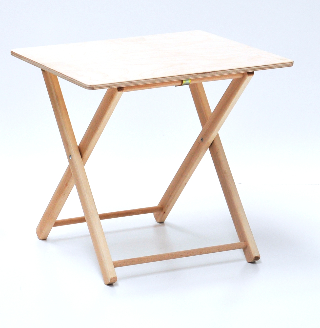 Tavolino pieghevole bimbo in legno naturale ebay for Tavolo da fumo fai da te